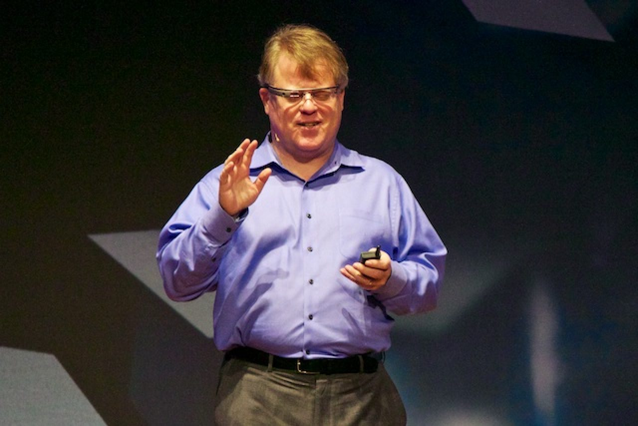 author robert scoble shares - HD 1280×854